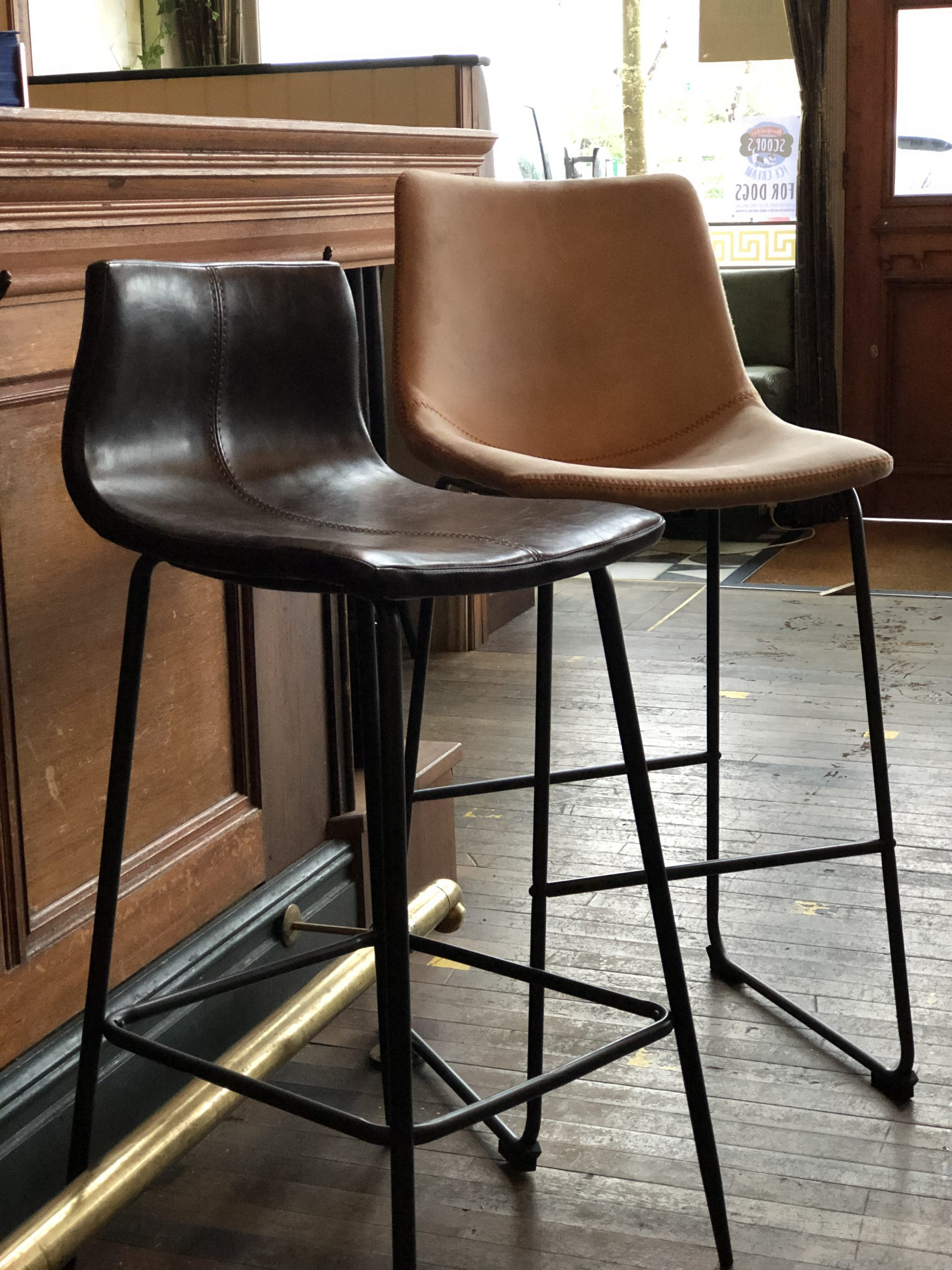 Barracuda Bar Stools